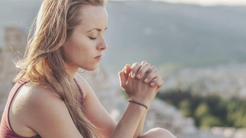 3 Things God Looks For When We Pray
